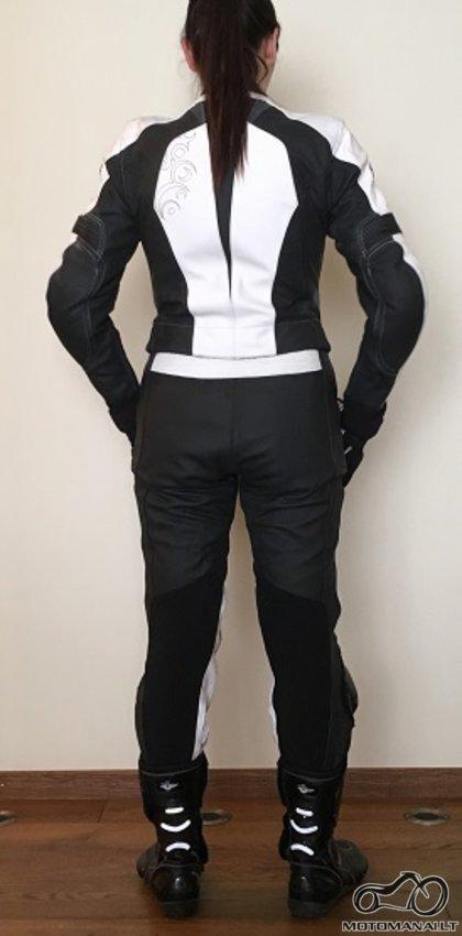 Held Moteriška odinė apranga  (42)
