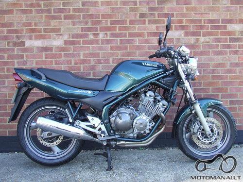 YAMAHA'92 XJ 600