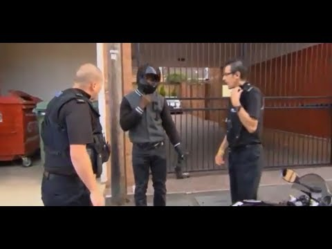 UK Police Officer Got Hit in the Face with a Motorbike key Because of Weed 2013