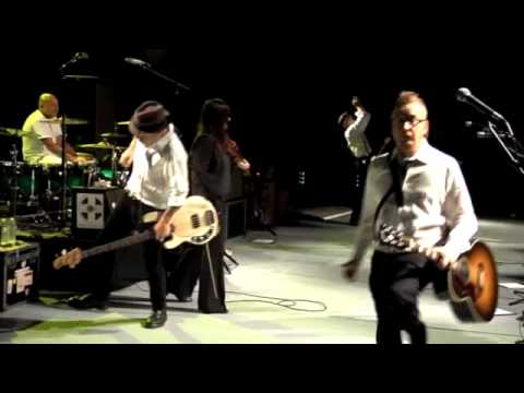 Drunken Lullabies - Flogging Molly (Live at Greek Theater)