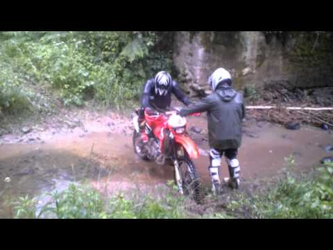 Enduro dirty ride in Lithuania, Honda team