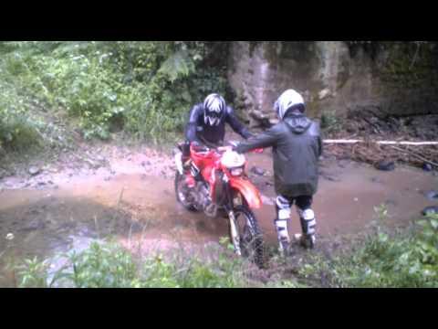 Enduro dirty ride in Lithuania, Honda team