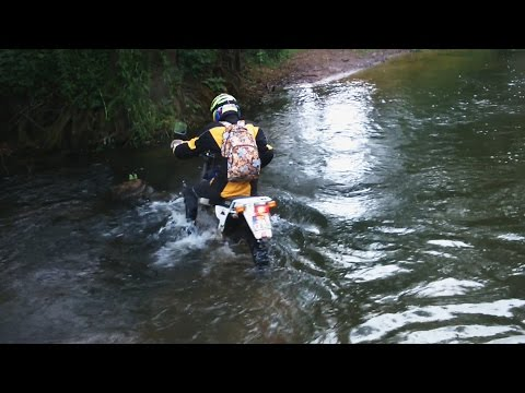 Girl stuck in the river, fail with suzuki