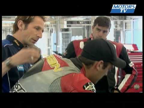 Superbike School  UK: Knee to knee part 2