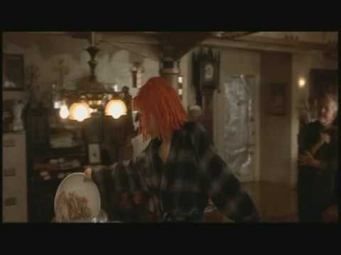 "The Fifth Element - Leeloo - ""Chicken...good!"""