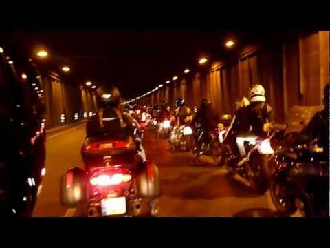 Baikeriu sezono uzdarymas 2011 Ustrigom tunelyje
