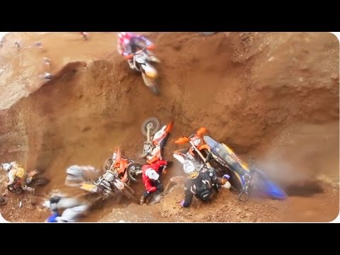 Copy and Paste | Dirtbikers Fall In Same Place