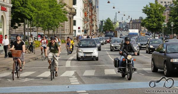 Kopengagos penktadienio eismas.