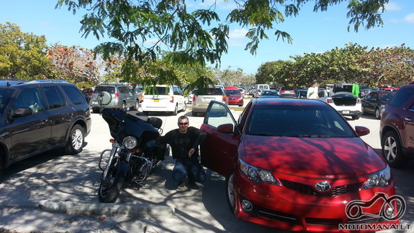 Mocas ir masina kartu, startuojam i Key West, yes yes prasideda! :)