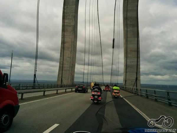Tiltas į Daniją