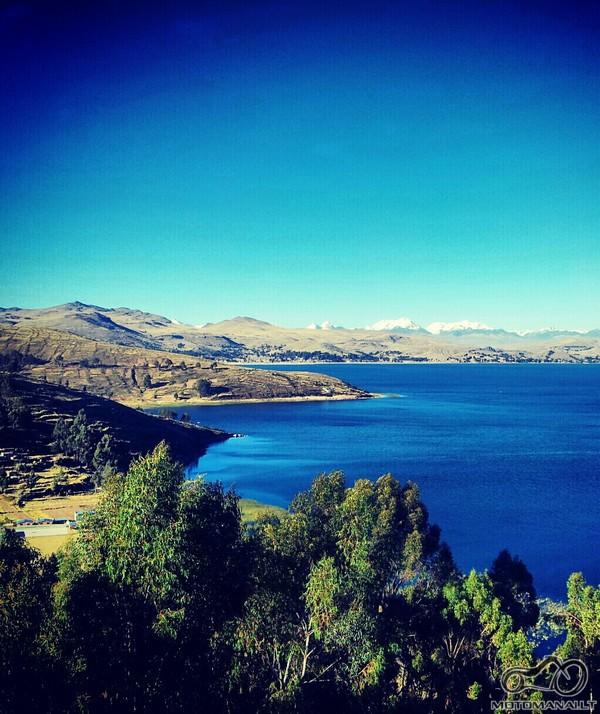 Lago Titicaca, Bolivijos puse,Copacabana