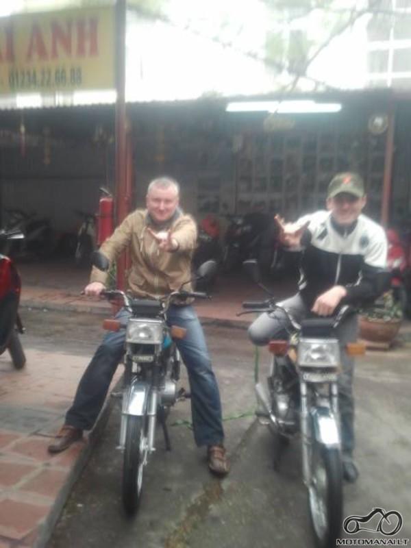 China town turgus Hanoi - nusipirkom Hondas