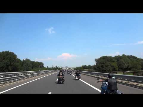 St.Polten- Vienna Austrie Harley days 2014 Capital ride