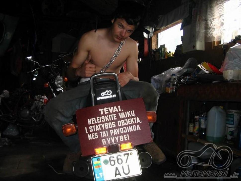 Mano garažas :)))