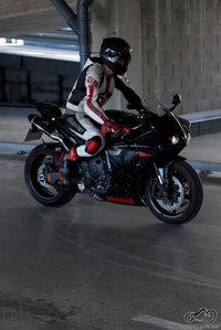 Yamaha R1 Black and White