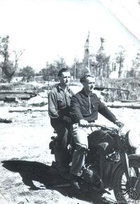 Algio dėdė, Zundapp motociklas, Vilkaviškis 1946 metai