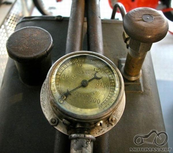 Atsakyta - 1894 Roper Steamer