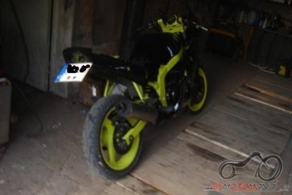 Pradedu tuninguot Suzuki GS