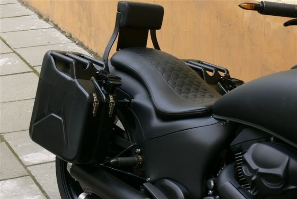Suzuki 1800 VZR project (step by step)