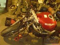 Suzuki sv 2001m : kur jungesi rankenų laidai?