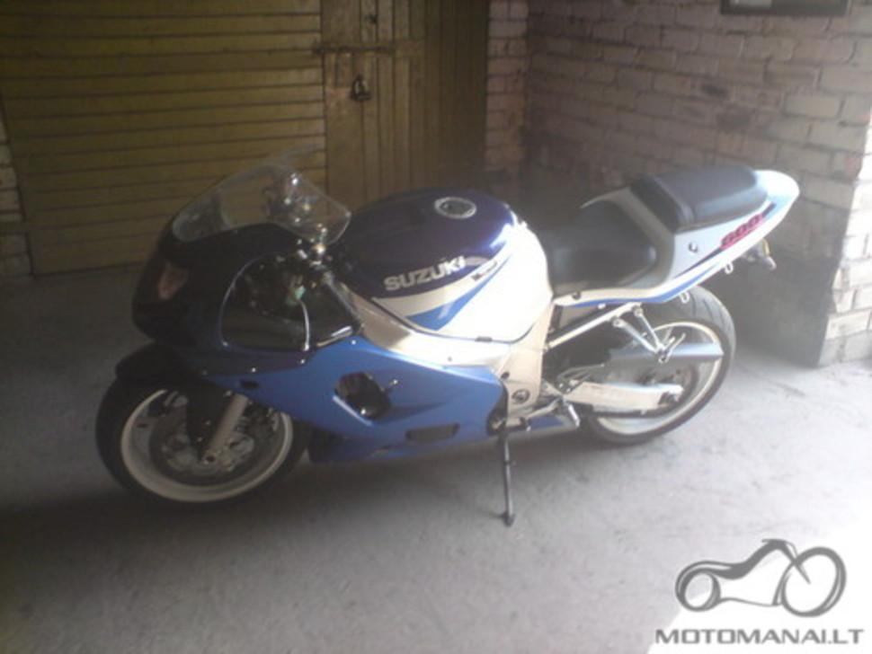 SUZUKI GSXR600 +/-