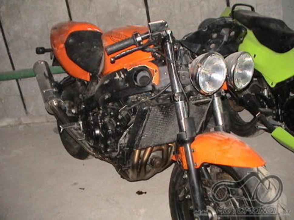 Triumph Speed Triple +/-