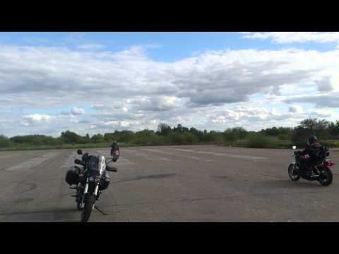 1987 Honda V45 Magna vs. 2008 Yamaha XV1900 Raider drag race. Part Two