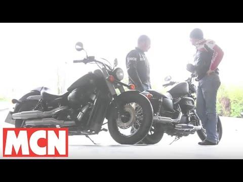 Harley Sportster Iron 883 v Honda VT750C Shadow