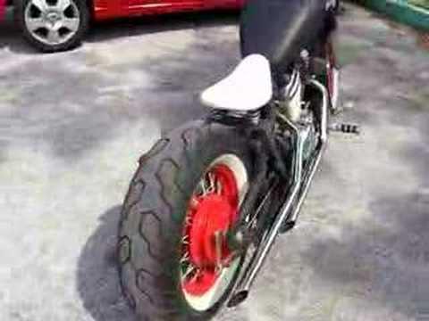 Honda VLX 600 Chopper/Bobber Running
