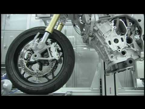 BMW S1000RR development history (1)