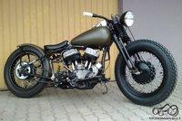 Harley Davidson pagrindu sukurtas bobber'is