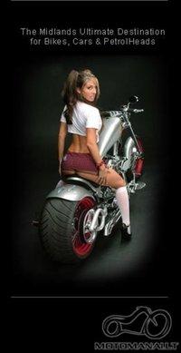 Moteris ant dviejų ratų - už ar prieš?