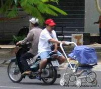 Kiek ir ka galima vezti motociklu :)