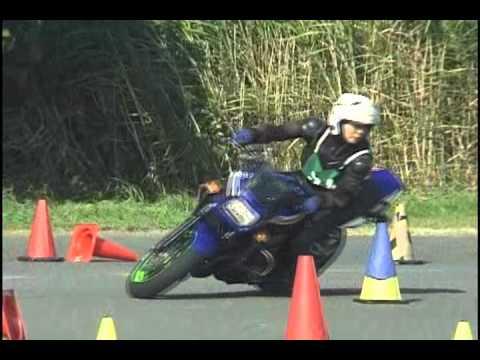 2011 7 17 Dunlop Gymkhana Top of Ladys Momoco Tsukihara ZRX1200R