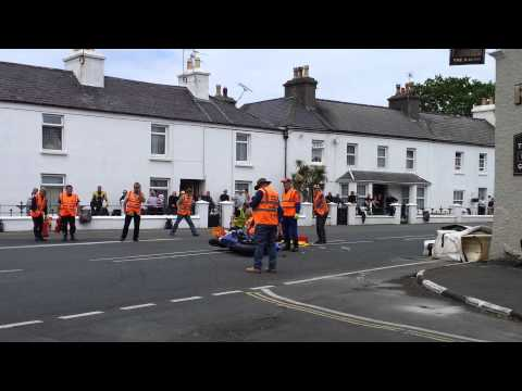 FATAL ACCIDENT FOOTAGE. VIEWER DISCRETION ADVISED - Isle of Man 2014 - Bob Price Fatal Accident