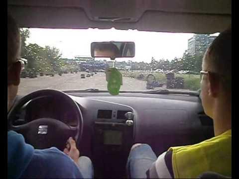 Lietuviskos vairavimo mokyklos ypatumai