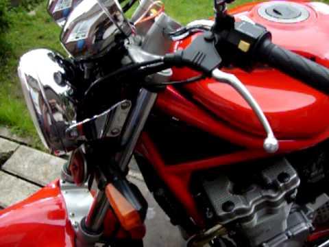 suzuki gsf 600 bandit red
