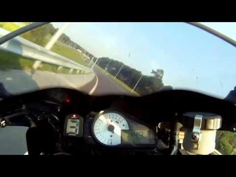 Suzuki GSX-R 600 light Saturday ride in Vilnius