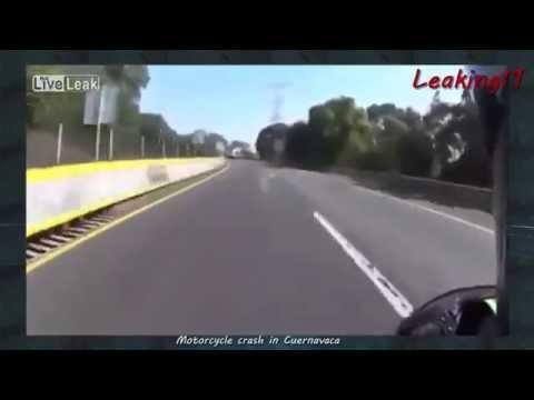 Motorcycle crash in Cuernavaca, one dead