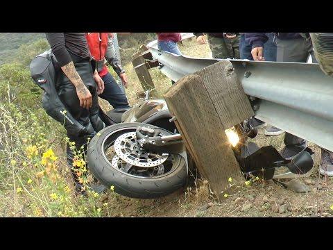 Crash - Honda Slides Into Guardrail