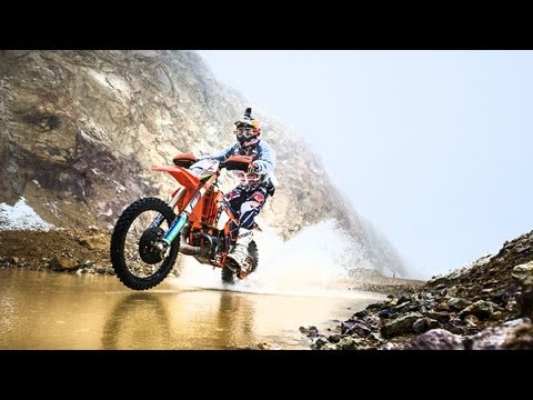 Slow Motion Hard Enduro - Red Bull Hare Scramble 2013