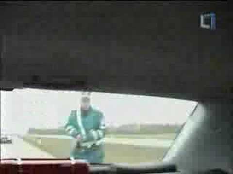 Policija stabdo vairuotoja