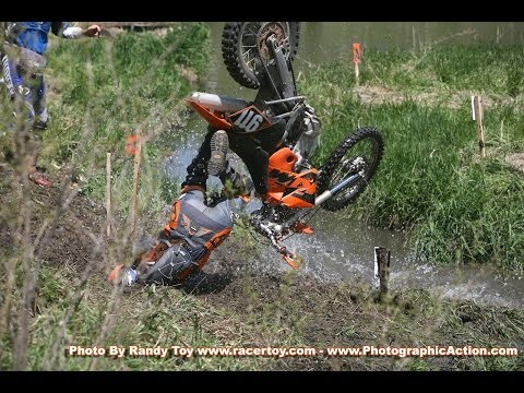 RAPID FIRE Dirtbike Wrecks 2014