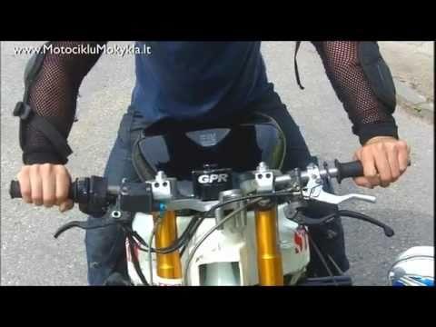 Kaip Važiuoti ant Vieno Rato su Britva Part2 - Motociklu Mokykla Virgis Žukauskas Stunt Rider