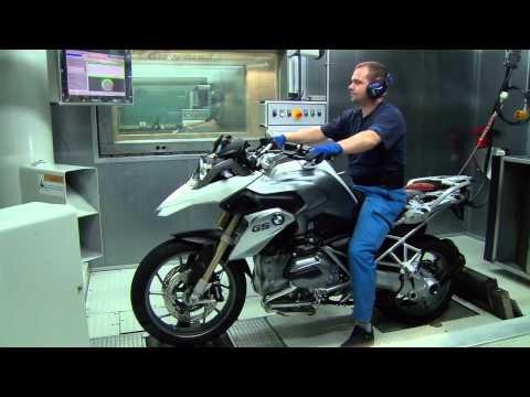 Как собирают мотоцикл BMW S 1000 R на заводе BMW. Берлин 2014 год (23)