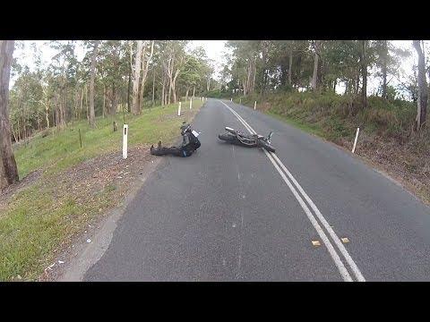 Motorbike hits gravel and highsides