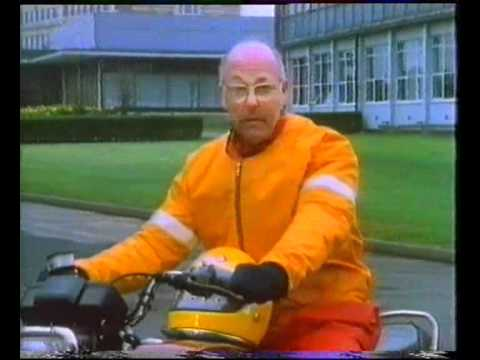 Murray Walker talks about Wobble and Weave on Motorbikes
