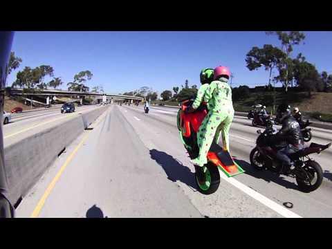 Motorcycle Stunts Mali-Boo Halloween 2011