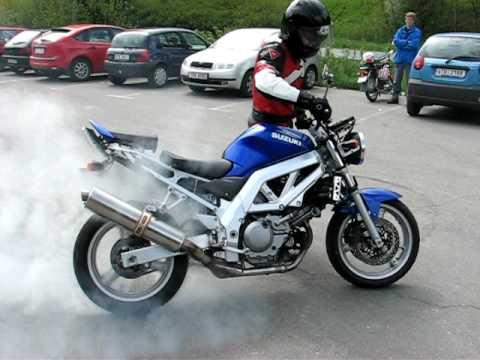 Suzuki SV 650 crash