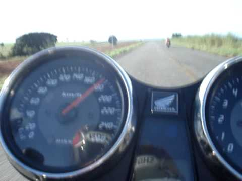 CB1300 Marcella vs R1
